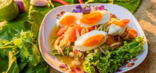 Thai Papaya Salad with Salted Egg
